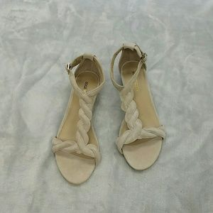 Sole Society So-Ellinor Low Wedges  size 6